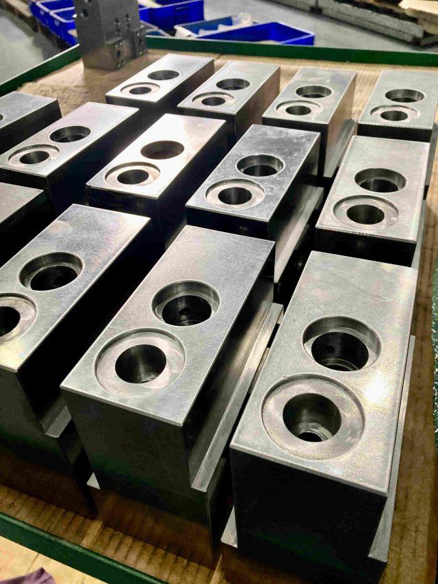ss41 油壓缸塊 CNC加工
